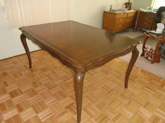 Queen Ann Dining table