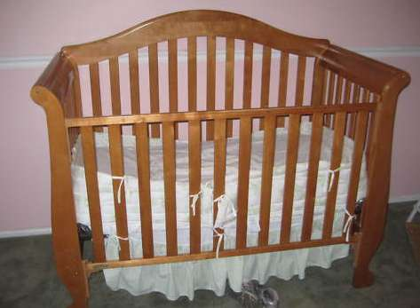 simmons easy side crib. simmons easy side crib o