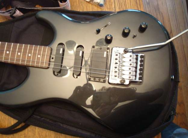 Yamaha Electric Guitar SE612A