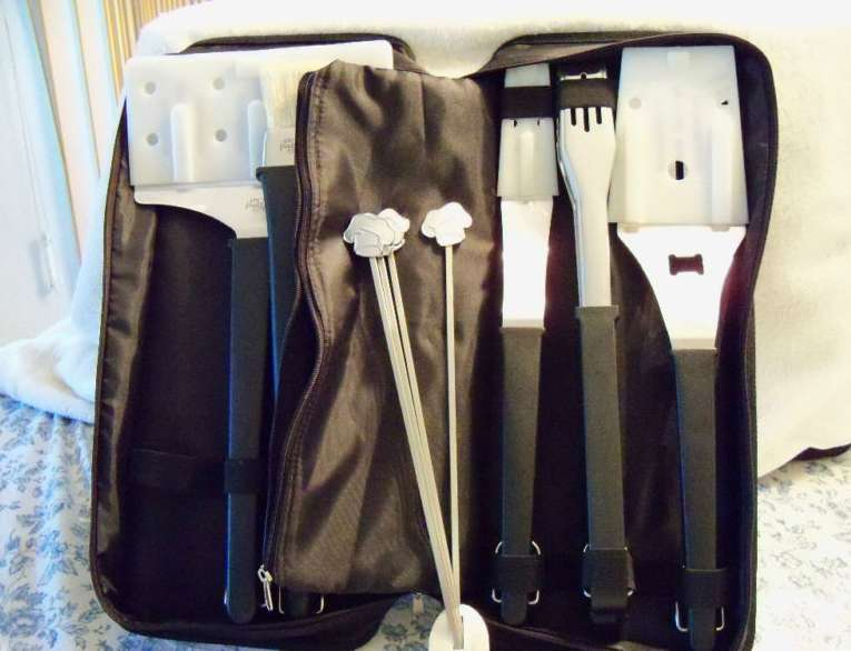 The Pampered Chef Bbq Bag 6 Accessories